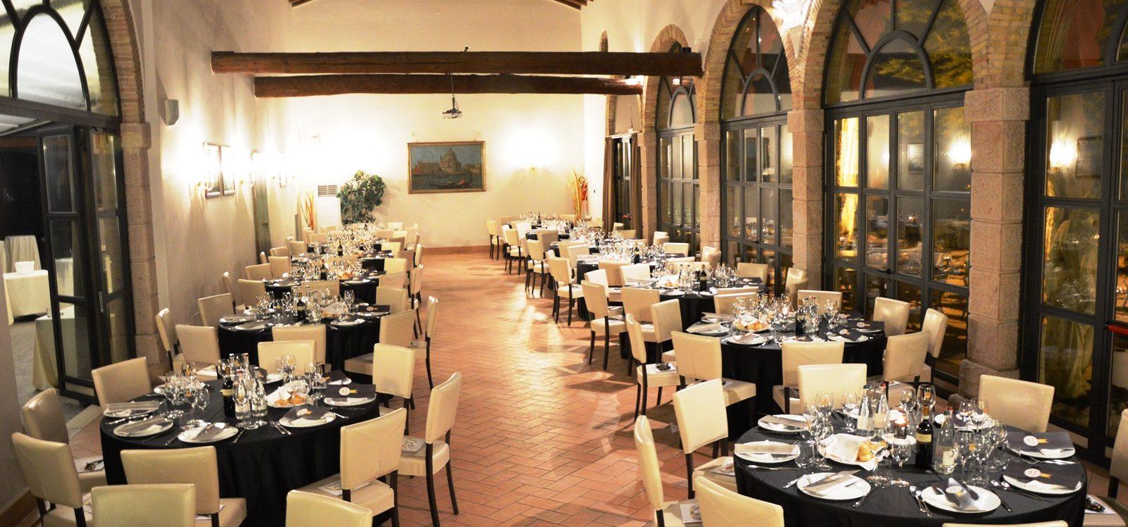 cena aziendale interno