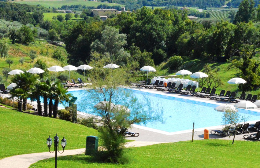 Hotel and swimming pool villacariola - Hotels in verona with swimming pool ...